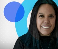 Image of Carla, a graduate who moved from web design to UX design